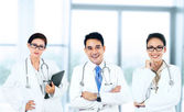 Group of smiling doctors — Foto Stock