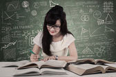 Student studying at classroom — Stock Photo