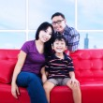 Portrait of happy family smiling — Stock Photo #46518065