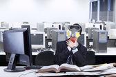 Businessman hard to breathe — Stock Photo