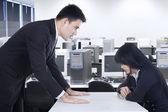 Businessman bullying his subordinate — Stock Photo