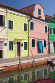 Colourful houses in Burano Island, Venice. — Stock Photo