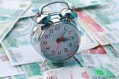 Alarm i rosyjski pieniądze — Zdjęcie stockowe
