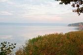Podzimní pobřeží jezera — Stock fotografie