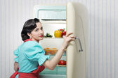 Sixties refrigerator advertising — 图库照片