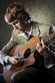 1960s style guitarist — Stock Photo