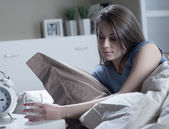 Woman suffering from insomnia — Stock Photo