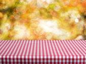 Empty table — Stock Photo