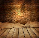 Starý pokoj s cihlovou zeď — Stock fotografie