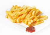 Pommes frites med barbecuesås — Stockfoto