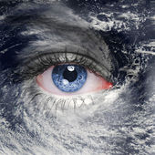 Eye in the middle of a hurricane — Stock Photo