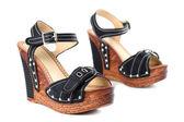 Zapatos negros de tacón alto — Foto de Stock