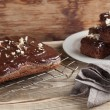 Gingerbread cake with chocolate and hazelnuts — Stock Photo