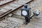 Vieux manuellement les dispositif de commande d'un aiguillage de voie ferrée — Photo