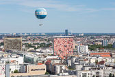 BERLIN, GERMANY - JULY 24: The Welt Balloon is a hot air balloon that takes tourists 150 metres into the air above Berlin on July 24, 2013 in Berling Germany — Stock Photo