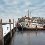 Harbor of Dutch fishery village Urk in wintertime — Stock Photo #7548374