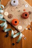 Ročník pozadí s nástroji šití — Stock fotografie