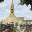 Church and graveyard in Brittany — Stock Photo