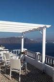 Hotel and romantic balcony on Santorini island — Stock Photo