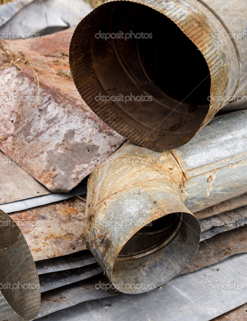 Metal ducts and sheet metal recycling — Stock Photo #12597841