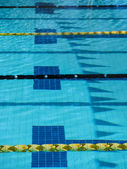 Plavání bazén setkat — Stock fotografie