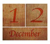 Calendrier en bois le 12 décembre. — Photo