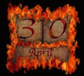 Burning wooden calendar April 30. — 图库照片