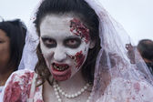 Asbury Park Zombie Walk 2013 - Bride Zombie — Stock Photo
