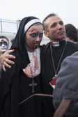 Asbury Park Zombie Walk 2013 - Priest and Nun — Stock Photo