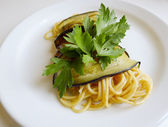 Spaghetti And Aubergine — Stock Photo