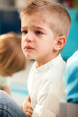 Kid at home crying — Stock Photo