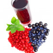 Fresh juice and berries — Stock Photo