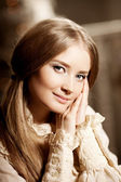 Beautiful young girl in vintage dress. Gentle pretty woman the c — Stock Photo