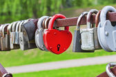 Red heart-shaped padlock — Stock Photo
