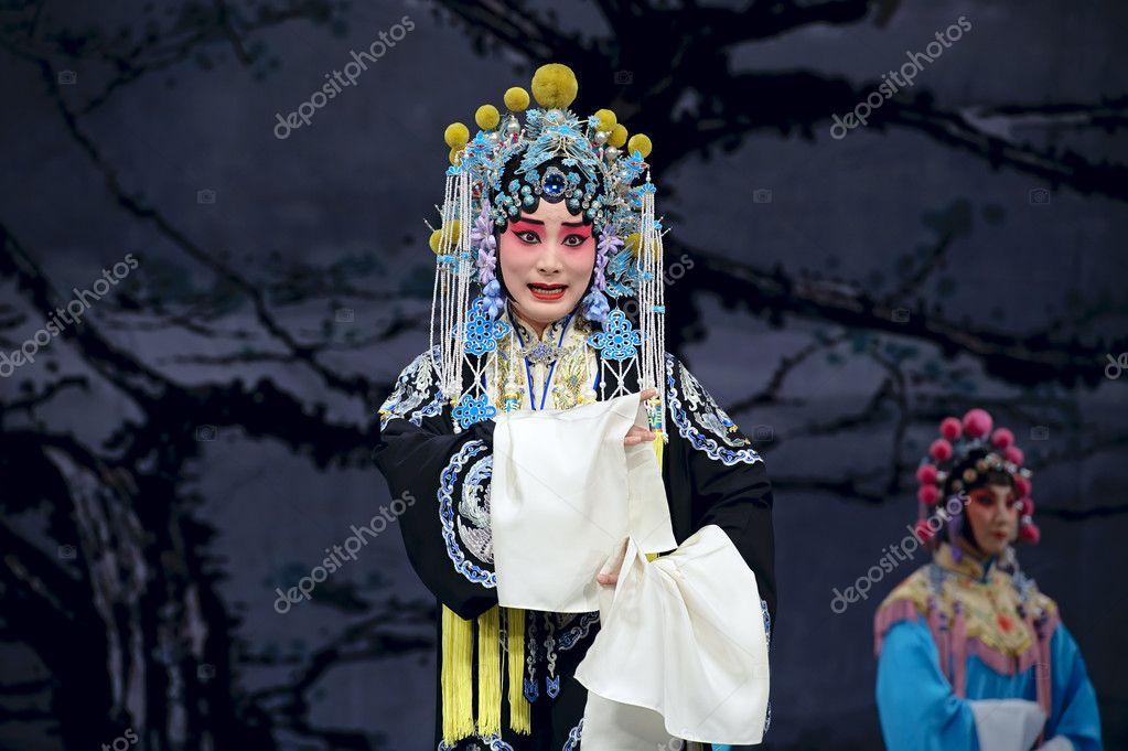 漂亮的中国传统戏曲演员