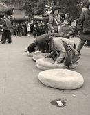 Orar a buda en el templo — Foto de Stock