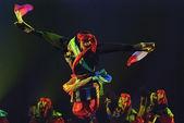 Tibetan dancer — Stock Photo