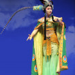 Pretty chinese traditional opera actress with theatrical costume — Stock Photo