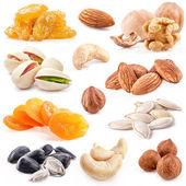 Nüsse und getrocknete früchte — Stockfoto