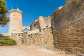 Bellver Castle Castillo tower in Majorca at Palma de Mallorca Ba — Zdjęcie stockowe