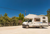 Motorhome on road at Mallorca — Stockfoto
