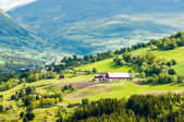 Mountain village and farm in Norway — Stock Photo