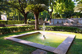 Fountain near cathedral at Palma de Mallorca — Stock Photo