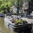 Houseboat museum on canal — Foto Stock