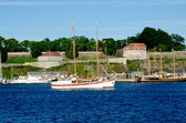 White Boat with Akershus Fortress on background — Stock Photo