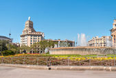 Square with fountain in Barcelona — Stock Photo