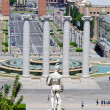 Montjuic columns and fountain on Plaza de Espana in Barcelona Sp — Stock Photo