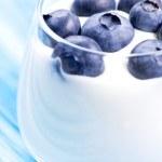 Blueberry and yogurt in glass — Stock Photo