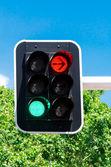 赤と緑のトラフィック ライト — ストック写真