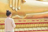 Asian Teenager Praying — Stock Photo
